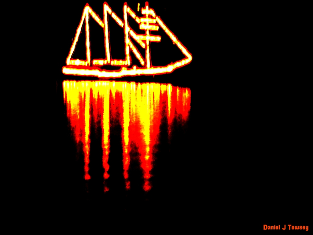 glowing boat....JPG